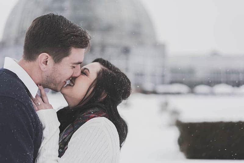 dating website  for ugly people  viert eerste engagement