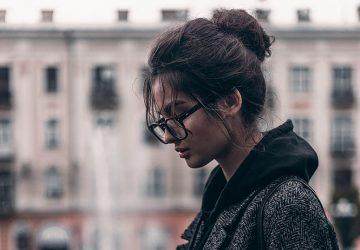 Sterke Vrouwen Smeken Niet, We Lopen Weg Zodra We Ons Niet Gewild Voelen