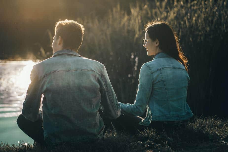 10 Redenen Waarom De Beste Relatie Van Je Leven Zal Zijn Met Een Meid Die Graag Mensen 'Verbetert'