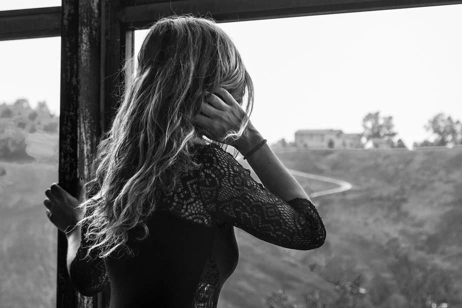 Hoe De Signalen Van Emotionele Ontrouw Te Herkennen Zijn