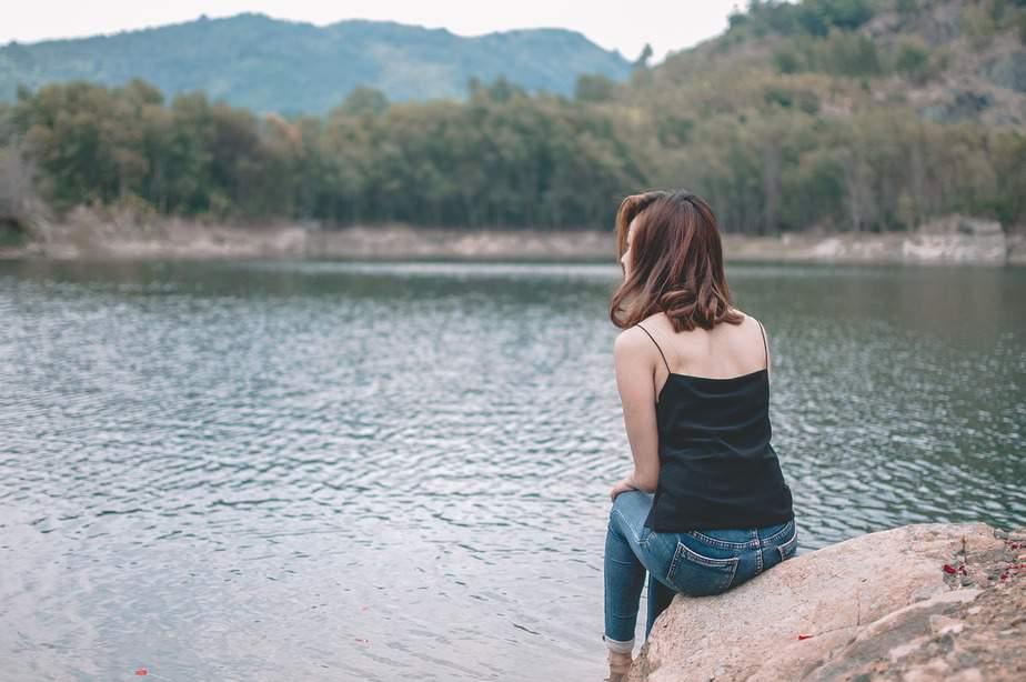 Aan Het Meisje Met Een Vermoeide Ziel, Het Is Tijd Om Jezelf Te Redden