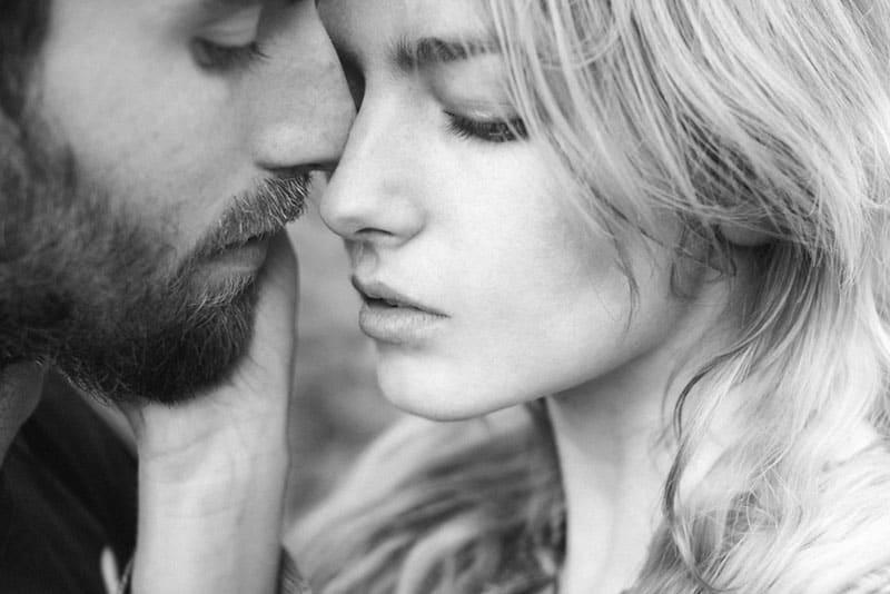 Je Zal Je Ergste Relatie Hebben Met Iemand Die De Volgende 15 Dingen Doet