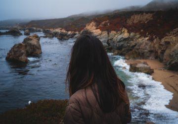 Ik Ben Een Sterke Vrouw, Maar Ik Bleef Bij Een Man Die Me Het Gevoel Gaf Dat Ik Niets Waard Was