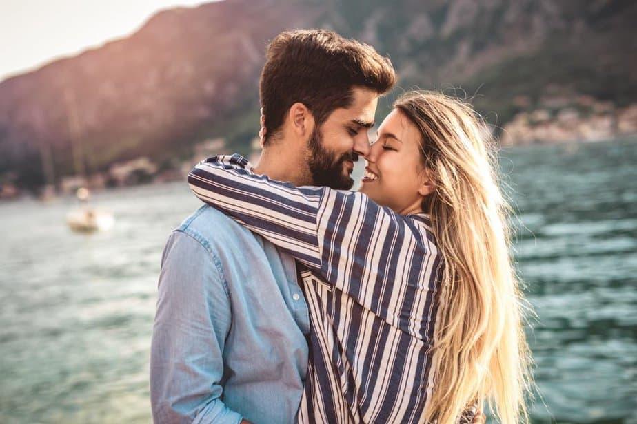 27 Signalen Dat Het Echte Liefde Is & Niet Slechts Een Verliefdheid