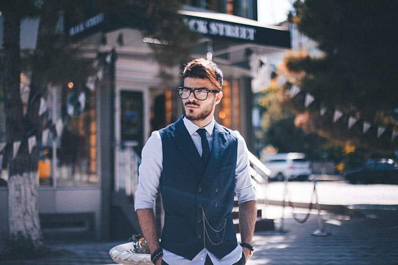 8 Soorten Mannen — En Wat Het Zegt Als Je Je Tot Deze Mannen Aangetrokken Voelt