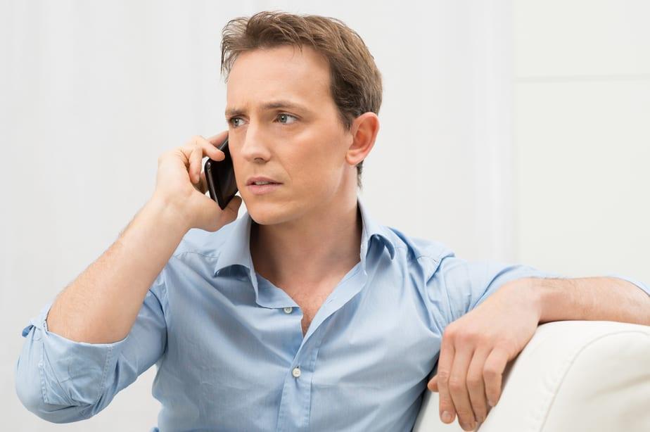 Als Een Man Zijn Telefoon Verstopt, Gaat Hij Dan Vreemd
