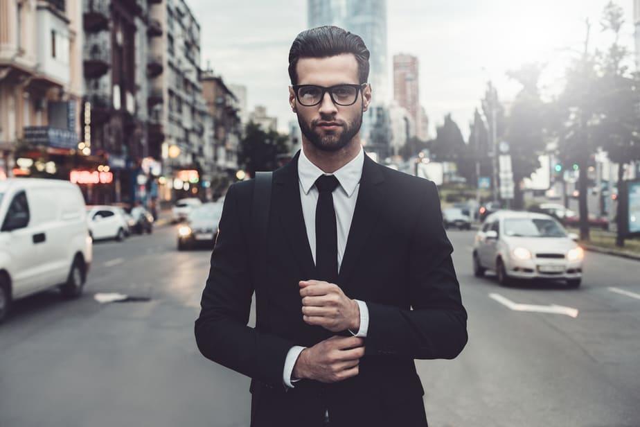De 7 Meest Gebruikelijke Tactieken Die Narcisten Gebruiken Om Je Te Manipuleren Tijdens Een Gesprek