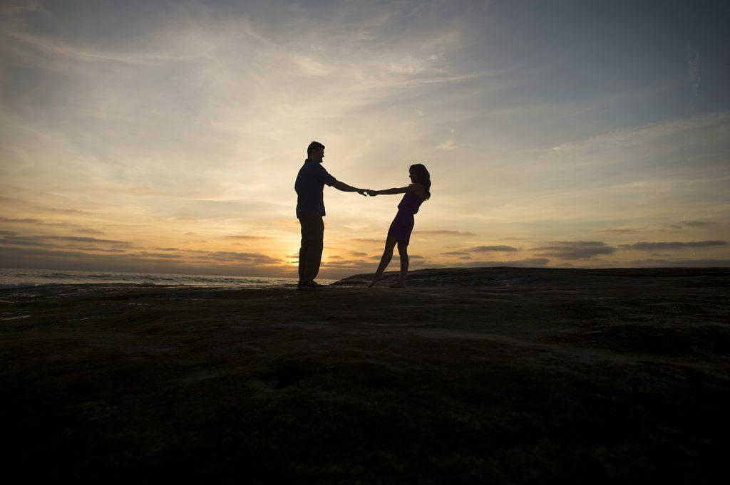 7 Vreemde Dingen Die Gebeuren Als Je Eindelijk Je Zielsverwant Hebt Gevonden