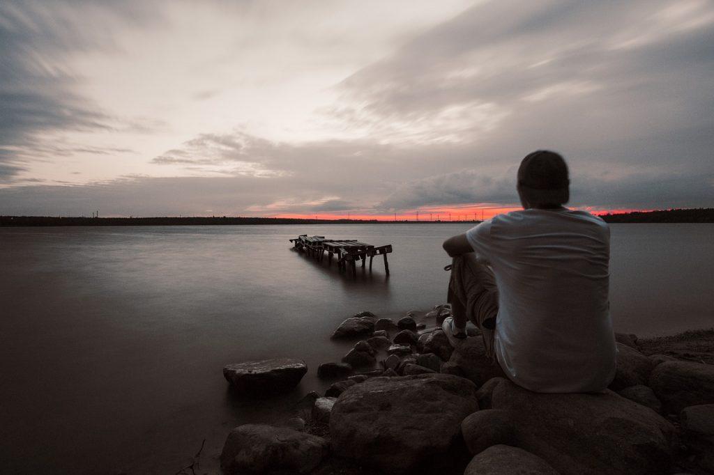 De 7 Momenten Dat Een Man Enorme Spijt Heeft Dat Hij Een Fantastische Vrouw Is Kwijtgeraakt