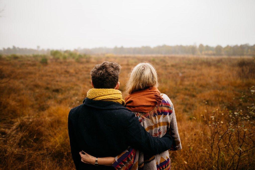 10 Tips Om Jaloezie In Een Relatie Tegen Te Gaan
