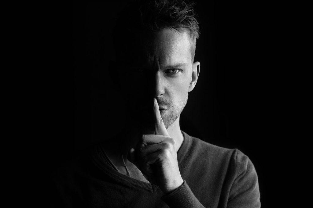 Narcisten Willen Niet Dat Je Deze 6 Onthullende Geheimen Over Hen Te Weten Komt