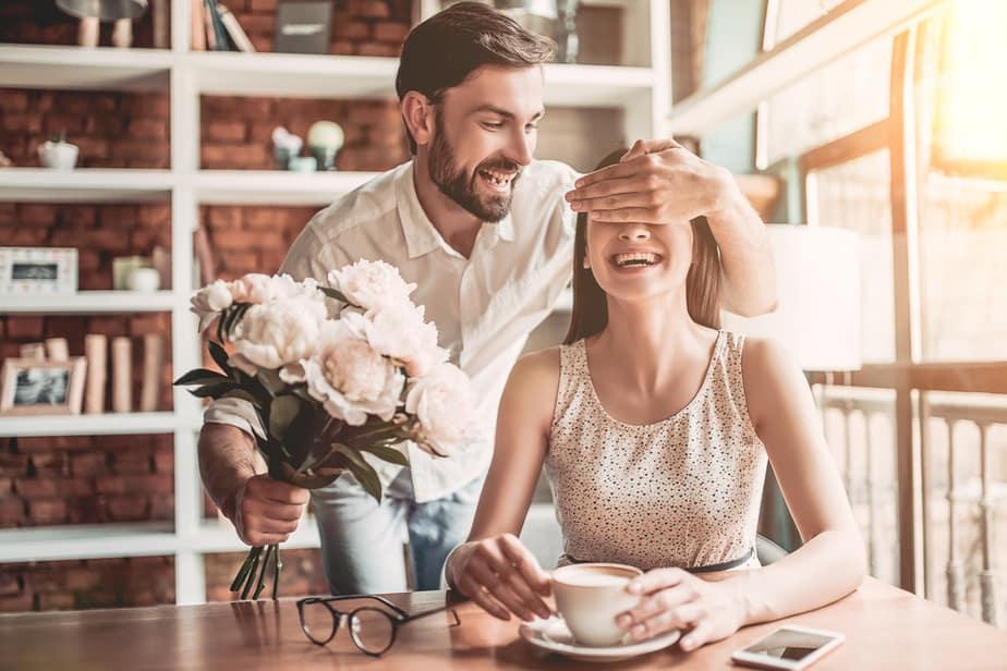 11 Dingen Die Op Liefde Lijken Maar Die Onmiskenbaar Manipulatie Zijn