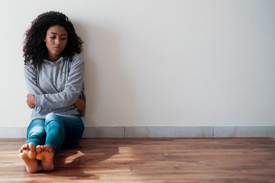 7 Onverwachte Signalen Dat Je Een Emotioneel Verwaarloosde Vrouw Bent