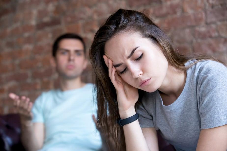 10 Waarschuwingssignalen Dat Je Vriendje Giftig Is En Dat Je Bij Hem Uit De Buurt Moet Blijven