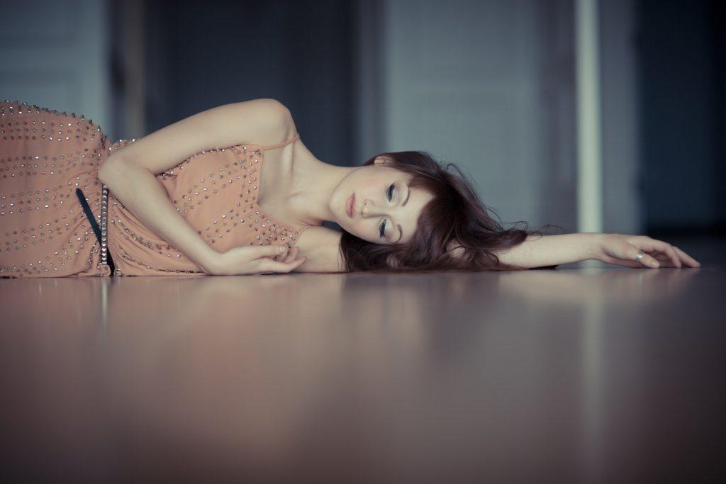 Als je Haar Eenmaal Negeert, Dan Zal Ze Leren Om Zonder Jou Te Leven