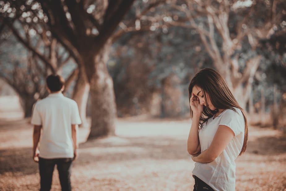 5 Tekenen Dat Zijn Gedrag Betekent Dat Hij Niet Bij Je Wil Zijn