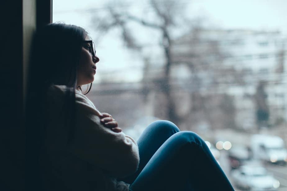 De Hartverscheurende Pijn Die Je Voelt Als Je Niet Bij Degene Kunt Zijn Van Wie Je Houdt