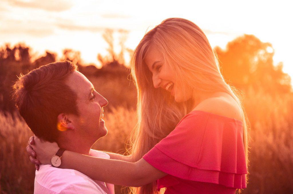 Mannen Laten Een Vrouw Die Deze 10 Dingen Doet Nooit Gaan