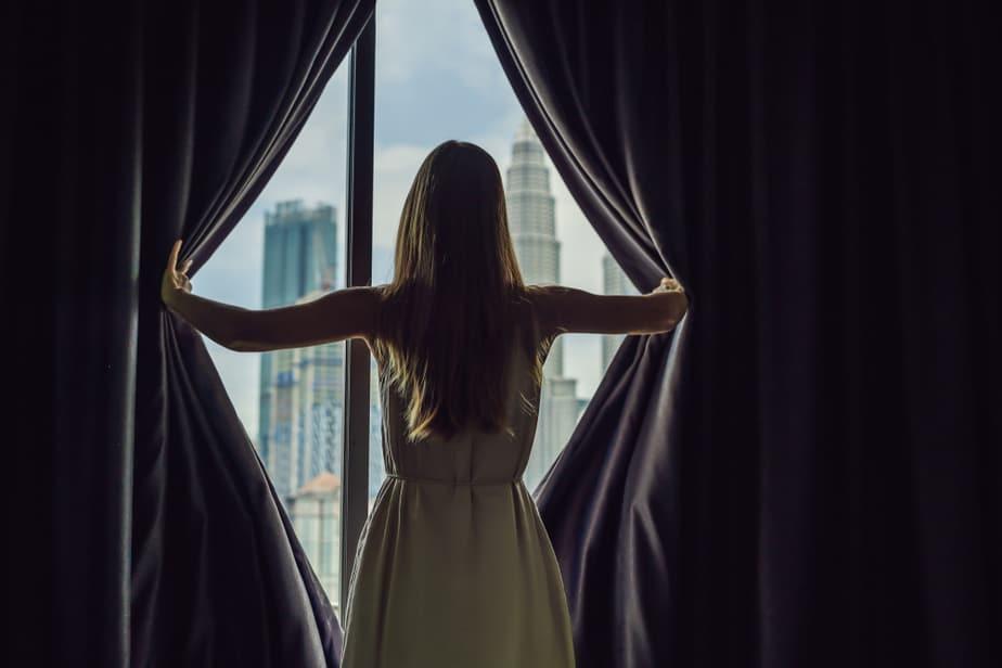 Een Meisje Kan Heel Erg Verliefd Op Je Zijn En Toch Nooit Meer Contact Met Je Opnemen