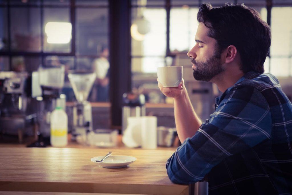 6 Redenen Waarom Mannen Die Vreemdgaan Emotioneel Onvolwassen Zijn