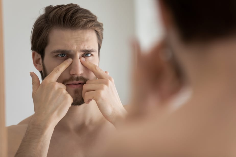6 Manieren Waarop Kinderen Van Narcistische Ouders Anders Liefhebben